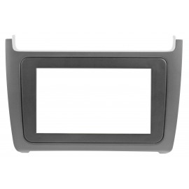 MascherinaColore nero opaco<br /> Pack. 1 set<br /><br /><strong></strong> <strong>VOLKSWAGEN</strong> Polo (6C) 14&gt