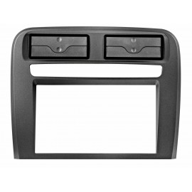 Mascherina autoradio 2DIN Colore nero <br /> Conf. 1 set <strong></strong><strong>FIAT</strong> Punto 04&gt