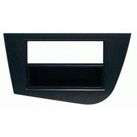 Mascherina con foro 2ISO ISO Nero Seat Leon FR 2005 ► 2012