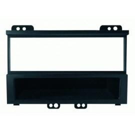 Mascherina con foro ISO Nero Hyundai i20 ► 2012